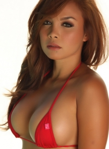 Justene And Dawn Jaro Show Off Their Perfect Bodies In Skimpy String Bikinis - Picture 4