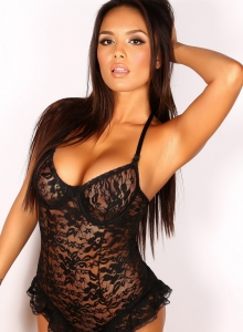 Justene Jaro Shows Off Her Big Tits In A Black Lace Outfit - Picture 2